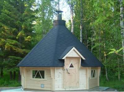A log barbeque hut can be a very relaxing way to entertain your frineds