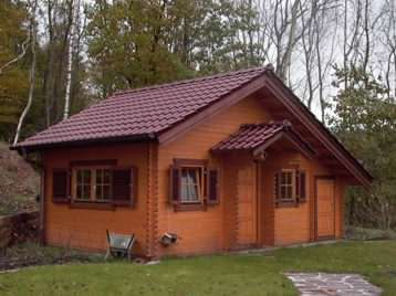 A nice log cabin granny annexe in the garden
