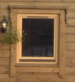 Building log cabins -  window trim