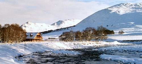 Log cabins Scotland - The highlands offer some spectacular locations!